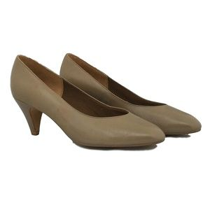 Naturalizer Tan Leather Heels